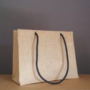 sac en jute naturel 28x36x15 cm - cordelettes noires