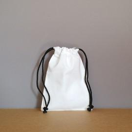 Petit pochon en coton blanc 16x12 cm