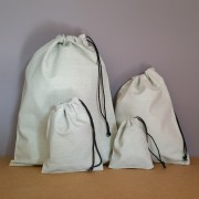 Pochons en coton gris clair personnalisables